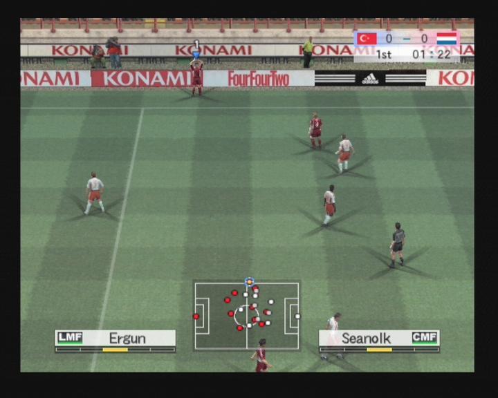 Pro Evolution Soccer 4 (PS2, Xbox)  Puolustuksen...
