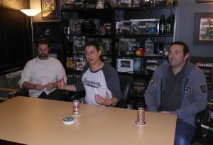 Moninpelidirikka Dan Bunting, studiojohtaja Mark Lamia ja ohjaaja-tuottaja Jason Blundell.